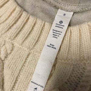 lululemon athletica Sweaters - Lululemon St Moritz Sweater Top size 8